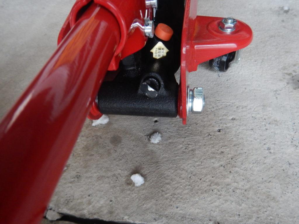 油圧式フロアジャッキ